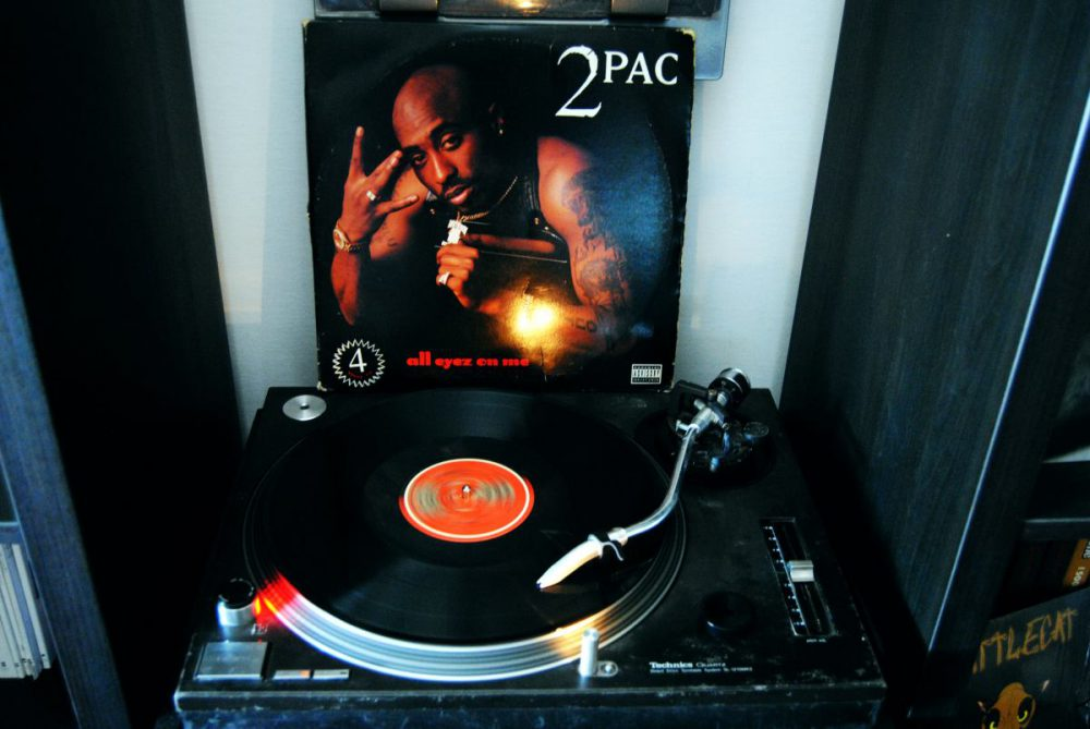 2Pac All eyez on me sul giradischi