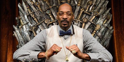 "Ascolta ""Mount Kushmore"" di Snoop Dogg"
