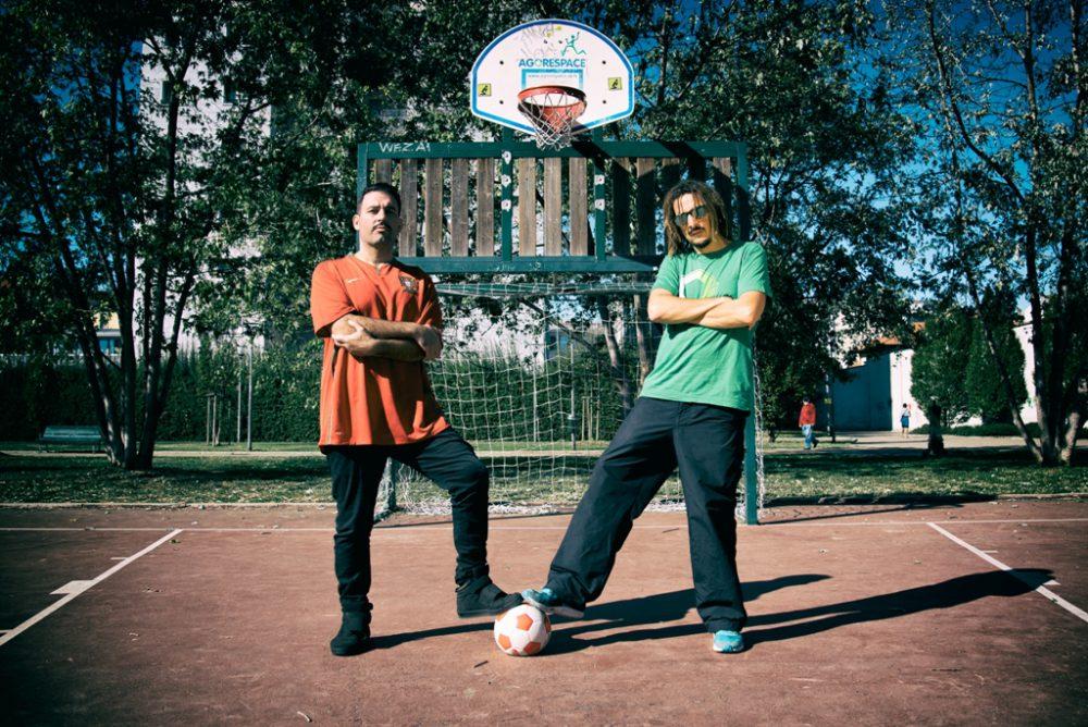 KG Man e Raina auguri a Maradona