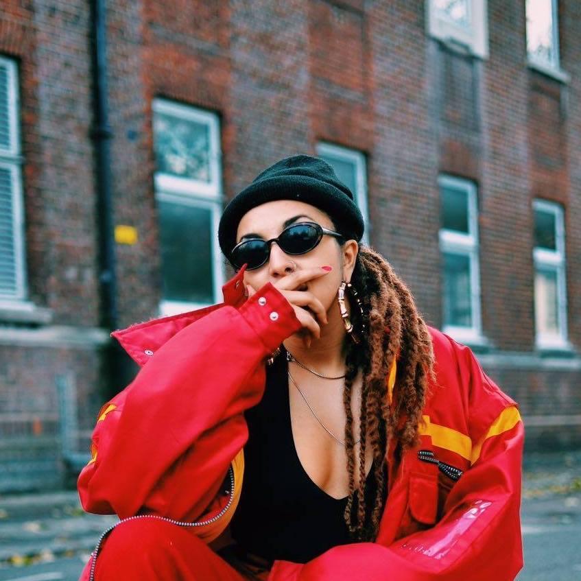 LaHasna è una Trapstar nel suo nuovo video ufficiale