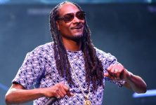 E' fuori Bible Of Love, il nuovo album di Snoop Dogg