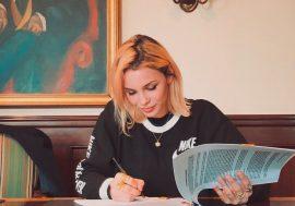 Rose Villain è la prima italiana a firmare con Republic Records