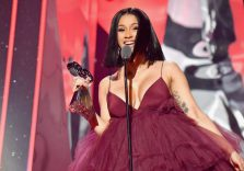 Il fenomeno Cardi B, J Cole is back, la follia di Kanye: ecco passepartout