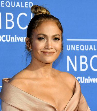 Jennifer Lopez pubblica il video del singolo Dinero