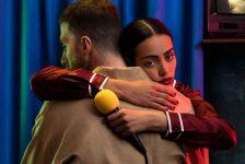 Mecna pubblica Blue Karaoke per Universal Music