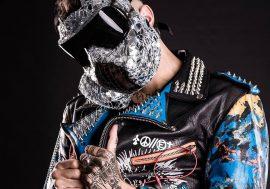 Bulldozer è il video di Junior Cally che anticipa l'uscita del suo primo disco ufficiale