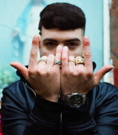Gianni Bismark si racconta tra rap e stornelli: l'intervista