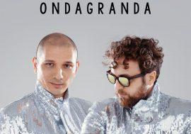 Fuori ondaGranda di Dargen D'Amico & Emiliano Pepe
