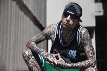 Metal Carter presenta Death to Pigs