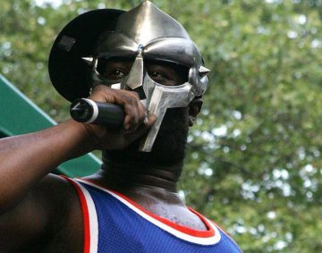La star di Hip Hop MF Doom muore all'età di 49 anni
