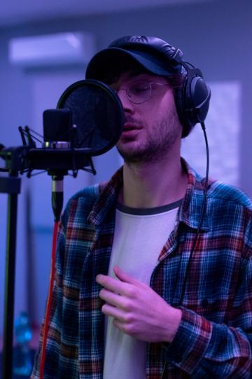 Nostop è il nuovo singolo di Roberto Jolle